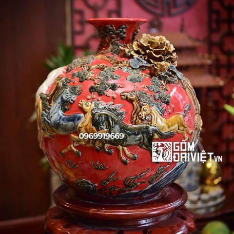 Bình hút tài lộc Mã Đáo Thành Công Bát Tràng - Men đỏ - 35cmx35cm
