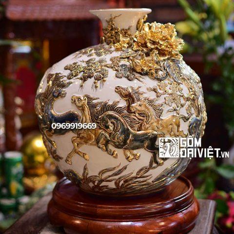 Bình hút tài lộc Mã Đáo Thành Công vẽ vàng Bát Tràng - Men trắng - 30cmx30cm