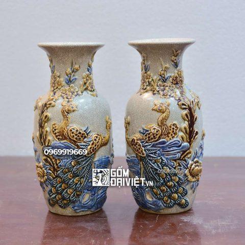 Lọ hoa thờ đắp nổi Công Đào Bát Tràng - Men rạn - 30cm