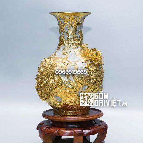 Bình gốm phong thủy tỏi men rạn dát vàng công đào đắp nổi 40cm