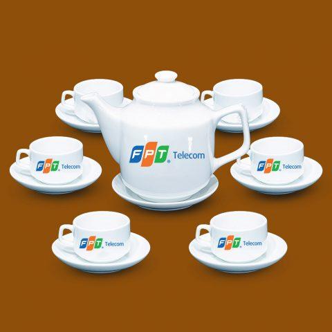 Bộ ấm trà trắng Bát Tràng quà tặng in logo FPT Telecom