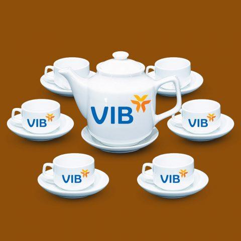 Bộ ấm trà trắng Bát Tràng quà tặng in logo VIB
